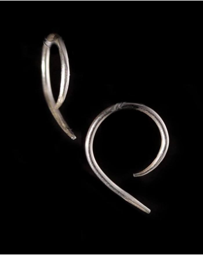 Boucles d'oreilles en argent massif – MOUVEMENT