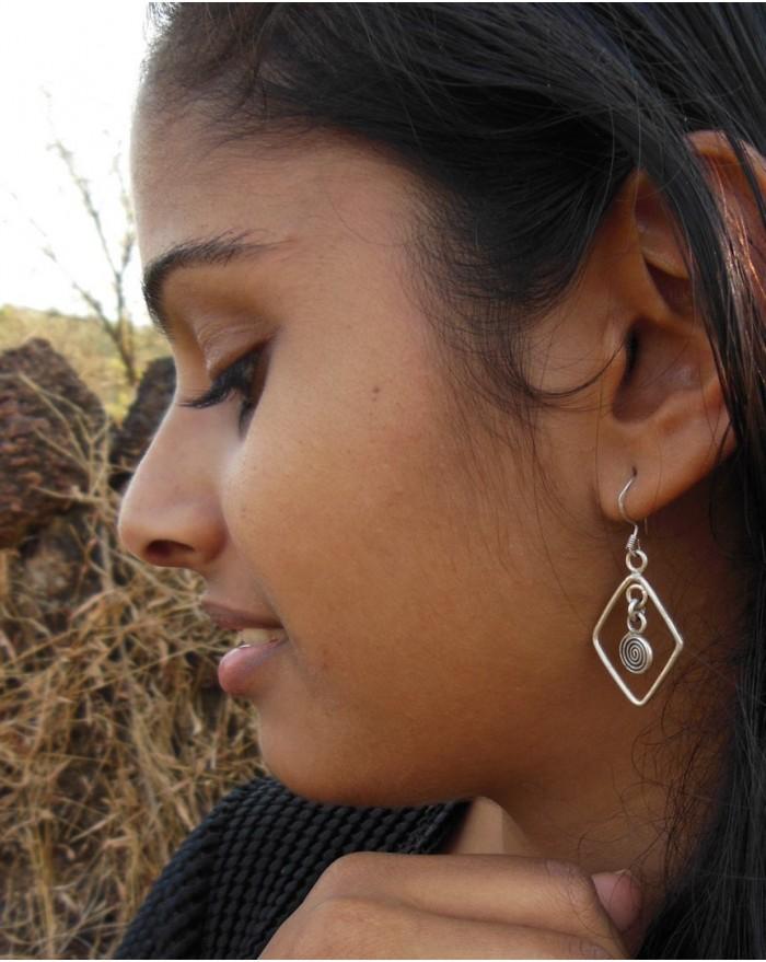 Boucles d'oreilles en argent massif – LOSANGE ET SPIRALE
