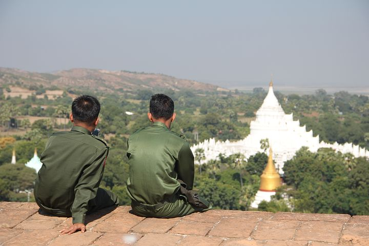 militaires birmans